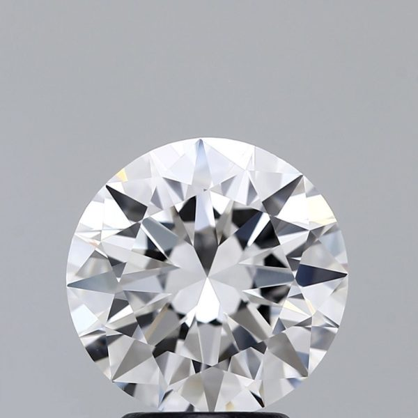 Круглый бриллиант фото спереди