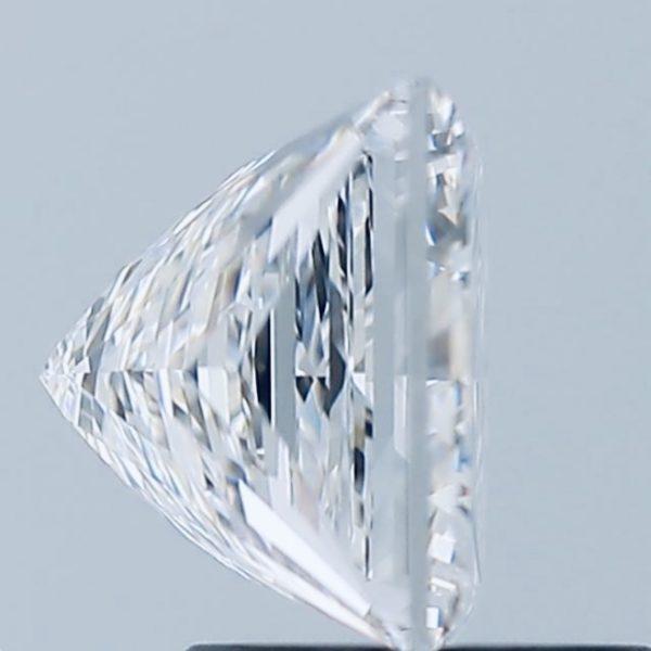 Фото бриллианта принцесса вид сбоку