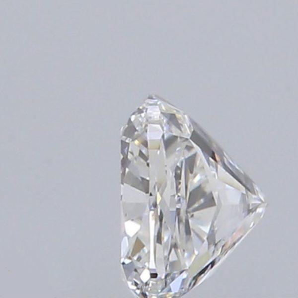 Бриллиант огранки кушон 0.7 f si2 фото сбоку