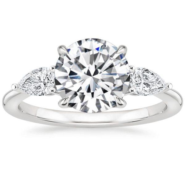 Кольцо белое золото с 3 бриллиантами фото