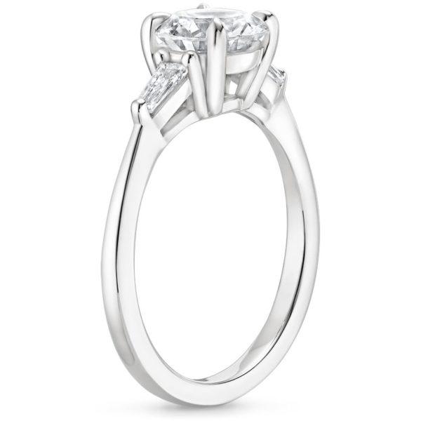 Кольцо белое золото бриллиант 2 карата фото сбоку