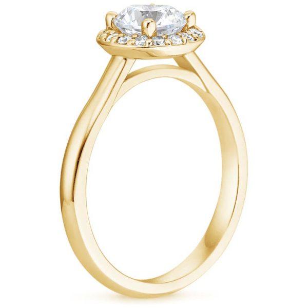 Кольцо с бриллиантом желтое золото хало классик фото сбоку